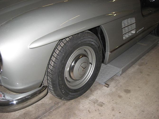 Mercedes 300SL «Gullwing» своими руками (86)