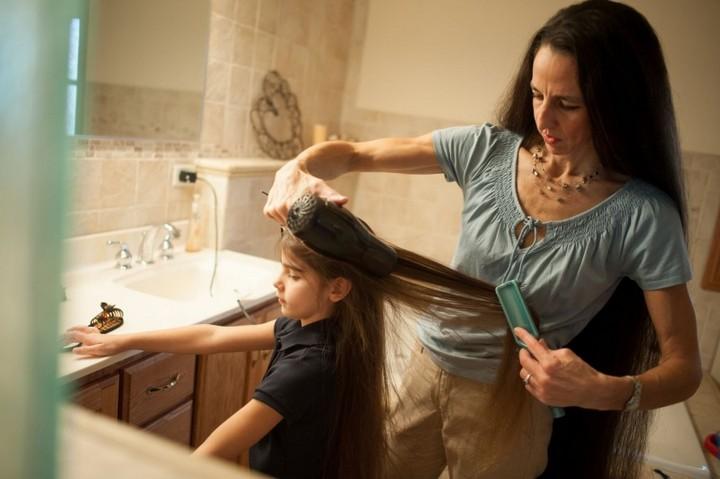 Семья с длинными волосами (6)