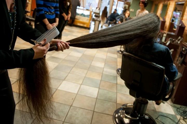 Семья с длинными волосами (9)