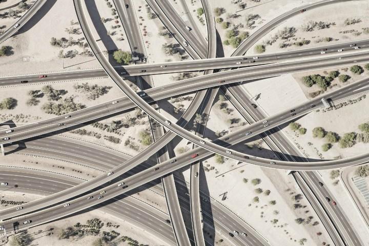 Фото сверху, сложные и запутанные автомобильные дорожные развязки (1)