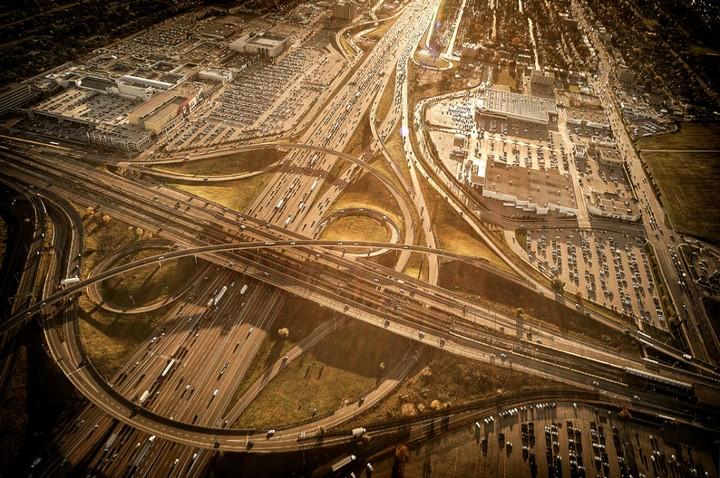 Фото сверху, сложные и запутанные автомобильные дорожные развязки (8)