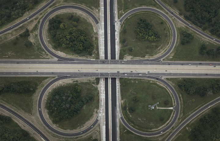 Фото сверху, сложные и запутанные автомобильные дорожные развязки (4)