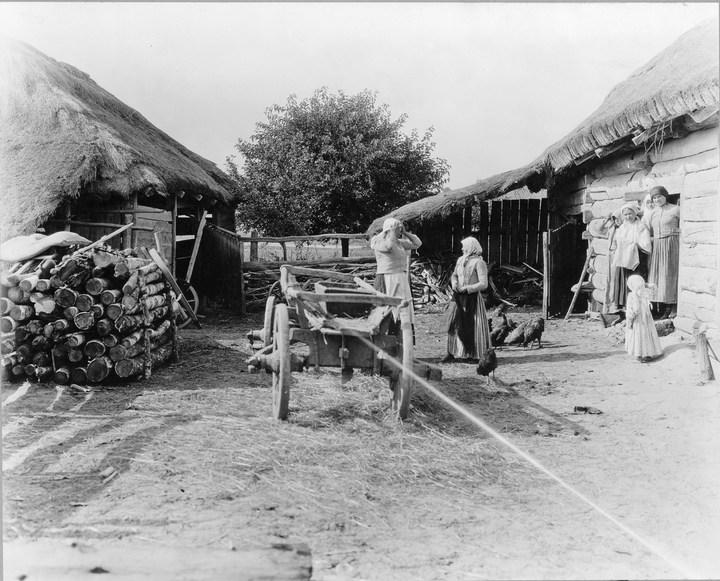 Старые ретро фотографии России, фото русских деревень и крестьян (8)