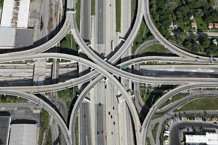 Фото сверху, сложные и запутанные автомобильные дорожные развязки (3)