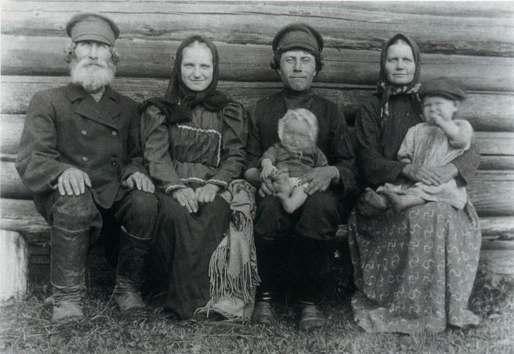 Старые ретро фотографии России, фото русских деревень и крестьян (30)