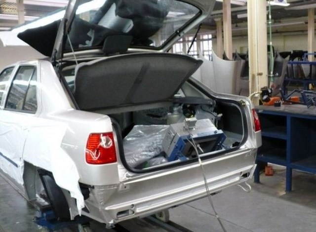 Фото с завода по сборке автомобилей (12)