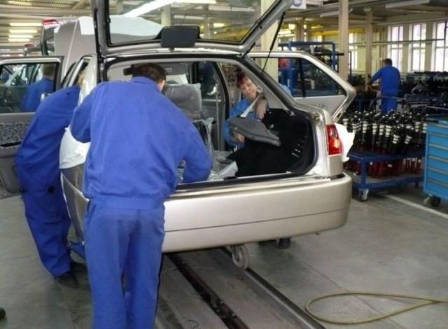 Фото с завода по сборке автомобилей (13)