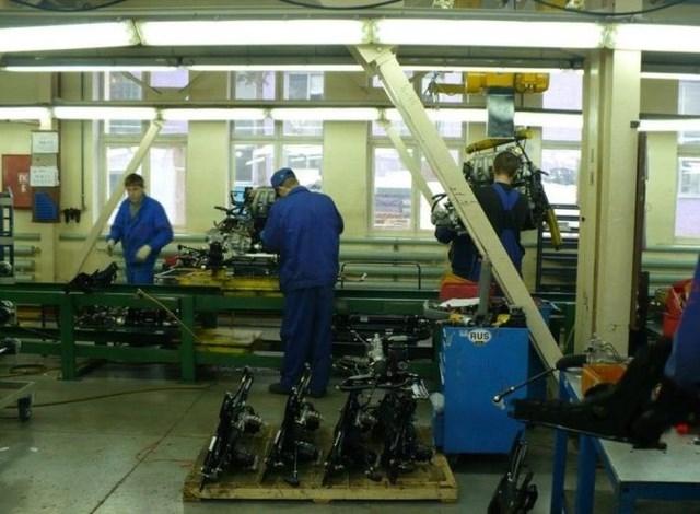 Фото с завода по сборке автомобилей (19)