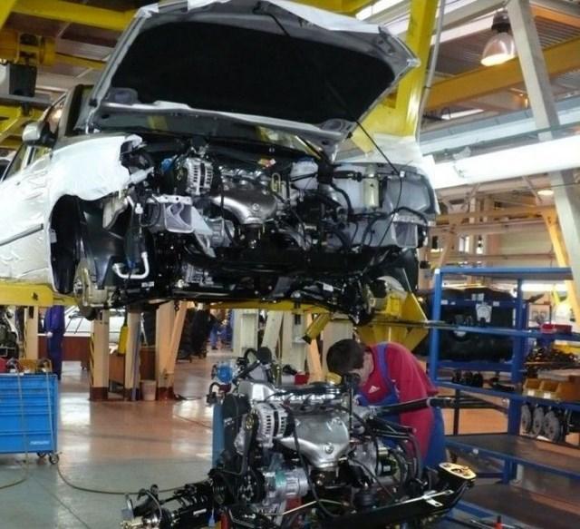 Фото с завода по сборке автомобилей (27)