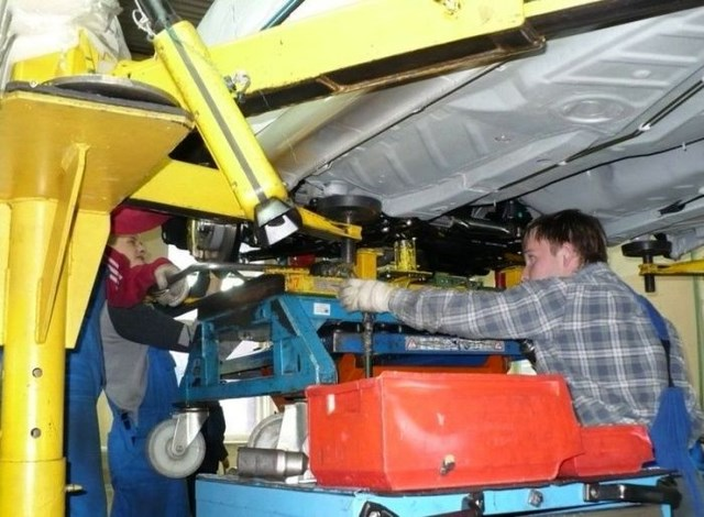 Фото с завода по сборке автомобилей (31)