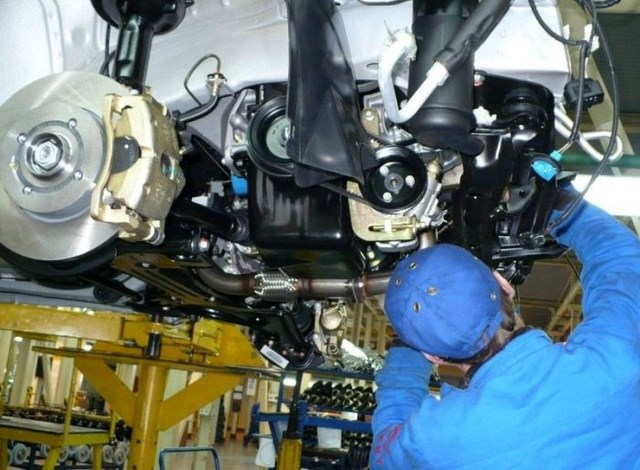 Фото с завода по сборке автомобилей (36)