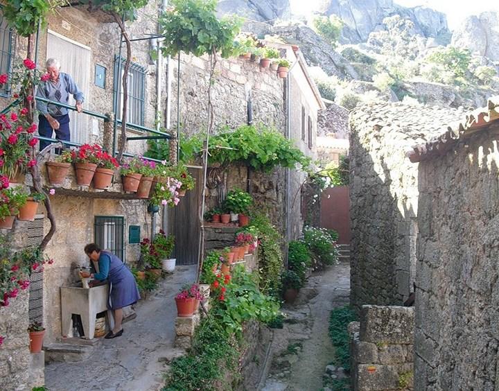 Монсанто - каменная деревня в Португалии (18)