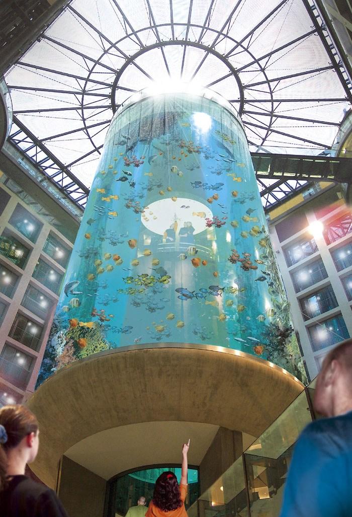 """Самый большой аквариум в отеле """"Radisson Blu"""", Германия (11)"""