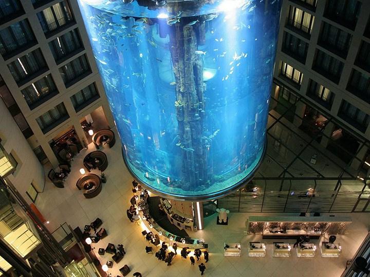 """Самый большой аквариум в отеле """"Radisson Blu"""", Германия (2)"""
