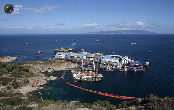 Операция по подъему лайнера Costa Concordia (35)