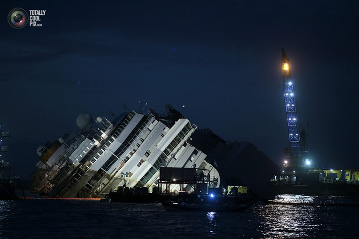 Операция по подъему лайнера Costa Concordia (36)