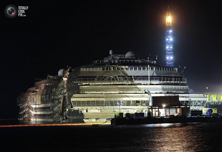 Операция по подъему лайнера Costa Concordia (43)