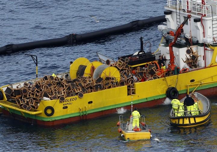 Операция по подъему лайнера Costa Concordia (9)