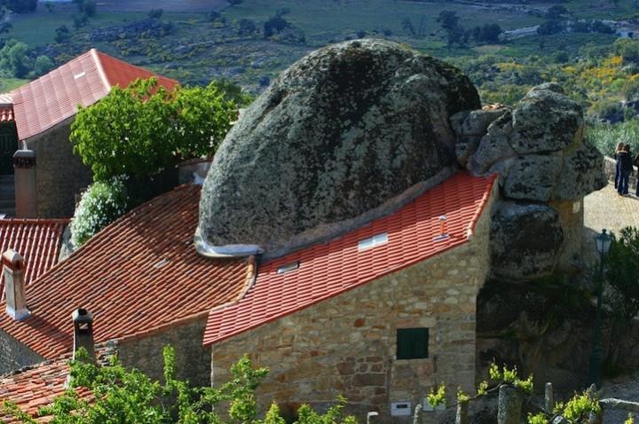 Монсанто - каменная деревня в Португалии (10)