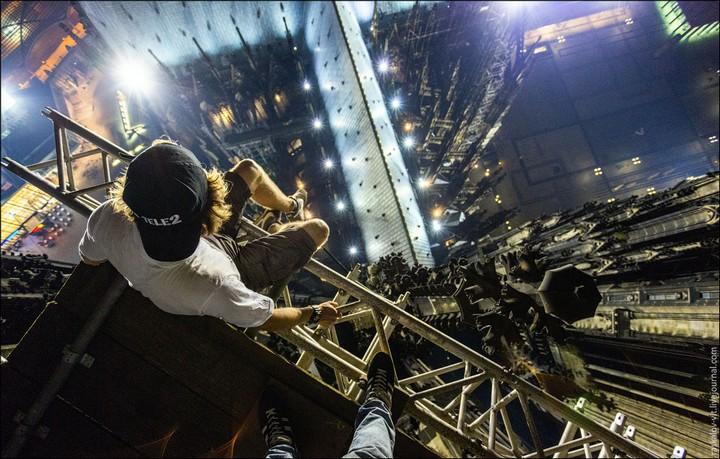 Руферы, как залезть на высокое здание в Европе (1)