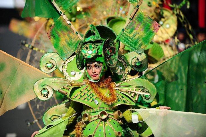 Необычный карнавал в индонезийском Джембере (3)