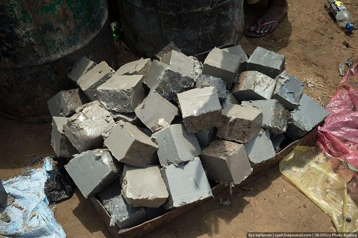 Как стирают в Кот-д'Ивуаре (5)