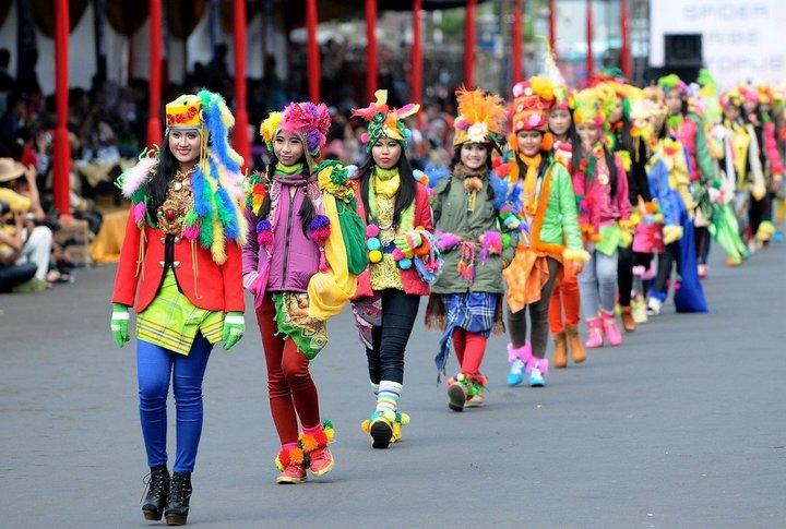 Необычный карнавал в индонезийском Джембере (4)
