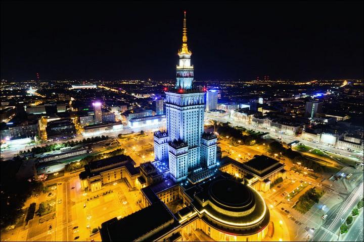 Руферы, как залезть на высокое здание в Европе (8)