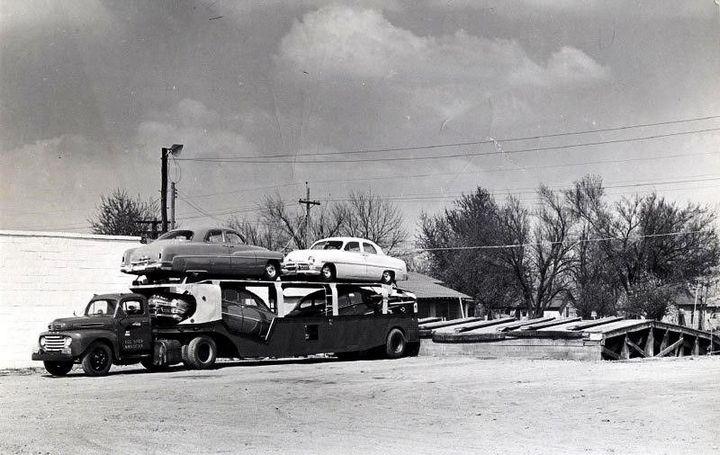 Фото старых американских грузовиков (7)