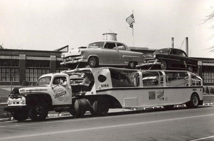 Фото старых американских грузовиков (2)