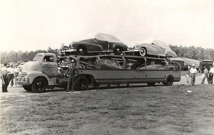 Фото старых американских грузовиков (1)