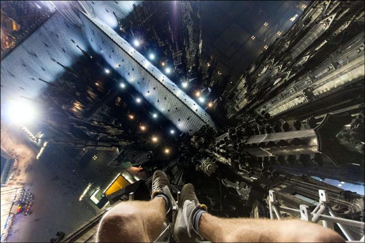 Руферы, как залезть на высокое здание в Европе (35)