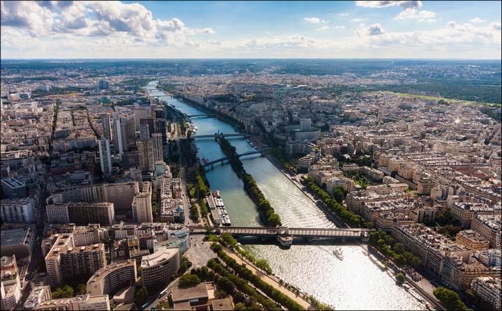 Руферы, как залезть на высокое здание в Европе (46)