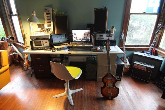 Фото домашних студий звукозаписи с профессиональной аппаратурой (26)