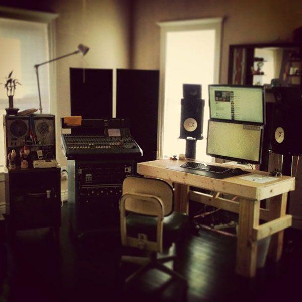 Фото домашних студий звукозаписи с профессиональной аппаратурой (6)