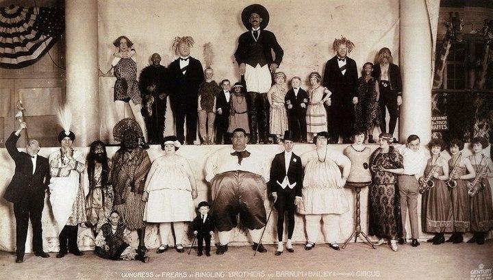 """Необычное фото циркачей """"Barnum & Bailey"""""""