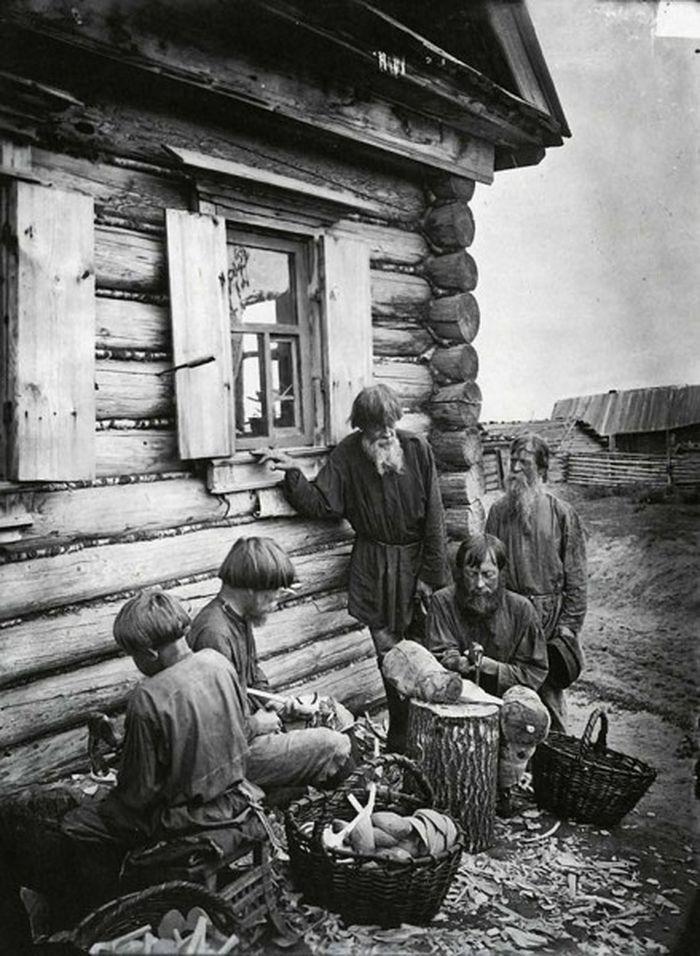Чем занимались крестьяне начала прошлого столетия, какую работу они выполняли (10)