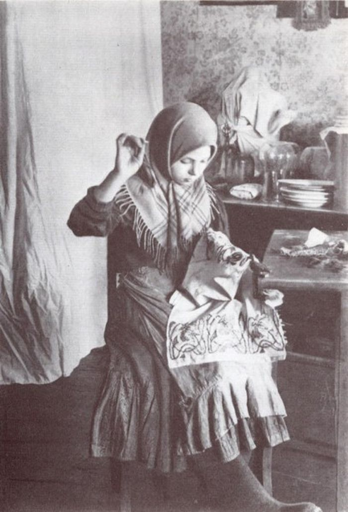 Чем занимались крестьяне начала прошлого столетия, какую работу они выполняли (24)