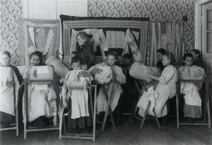 Чем занимались крестьяне начала прошлого столетия, какую работу они выполняли (29)