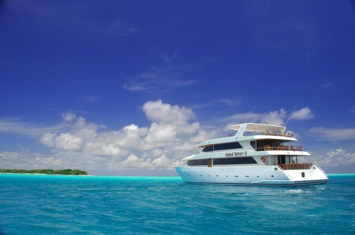 Не отказывайте себе в таком удовольствии, как прогулка на яхте (4)