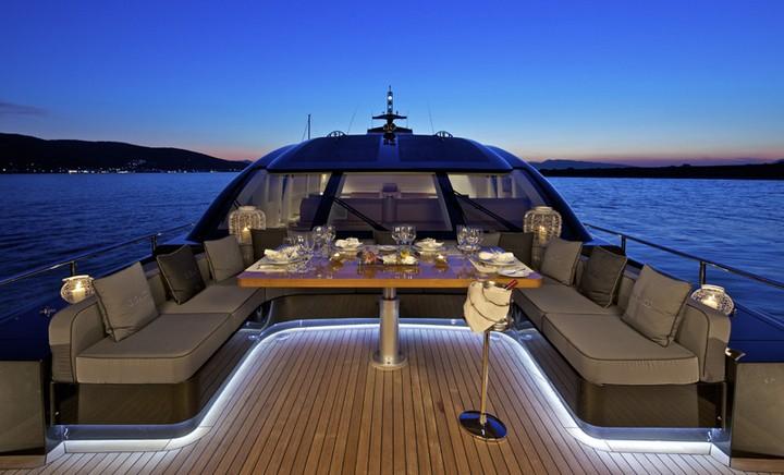 Не отказывайте себе в таком удовольствии, как прогулка на яхте (3)