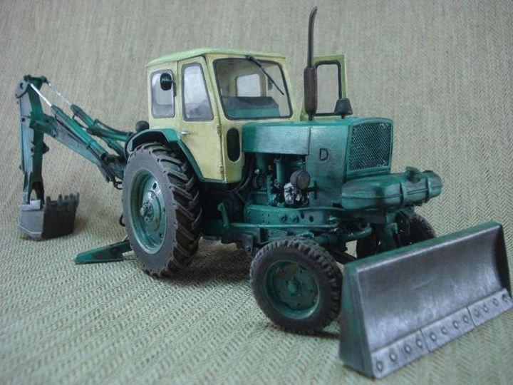 Реалистичная модель трактора из бумаги (3)