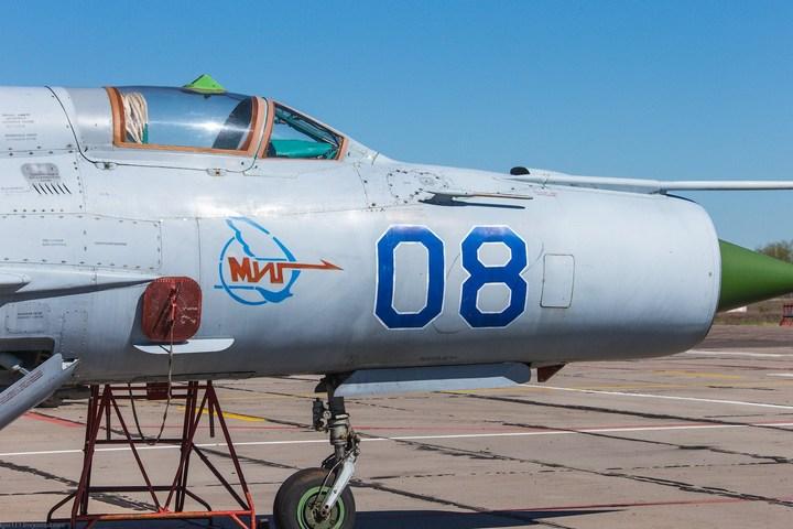 МиГ-21 в фотографиях, изнутри и снаружи (8)