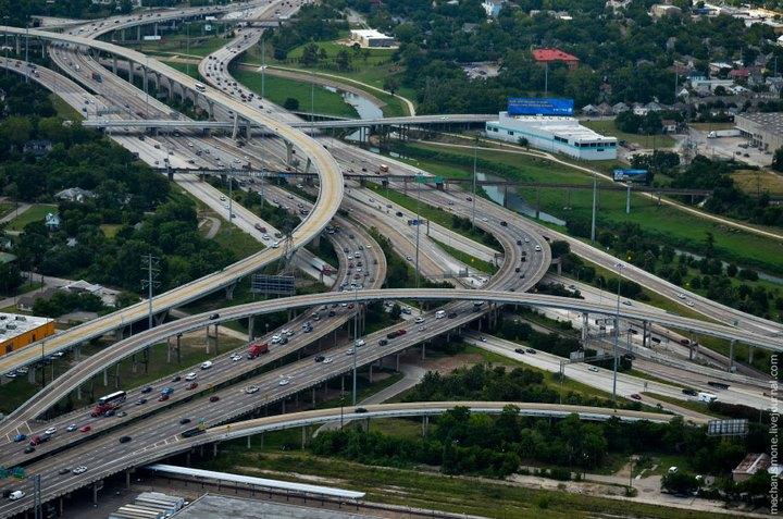 Процесс укладки дорожного покрытия в Америке (1)