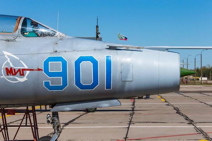 МиГ-21 в фотографиях, изнутри и снаружи (20)