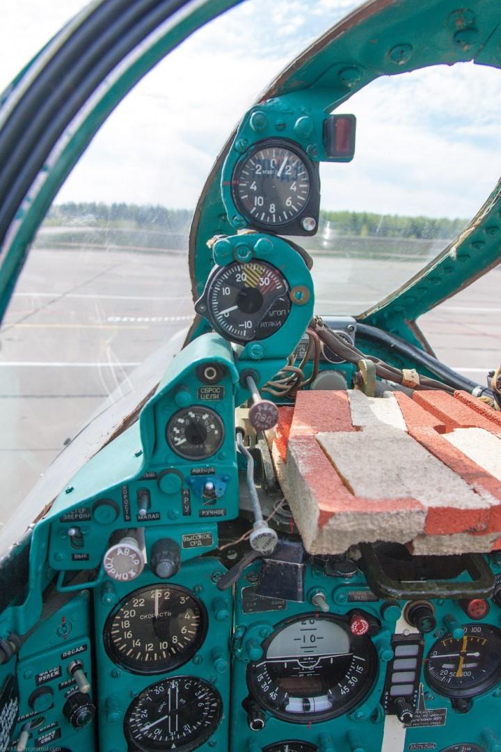 МиГ-21 в фотографиях, изнутри и снаружи (38)