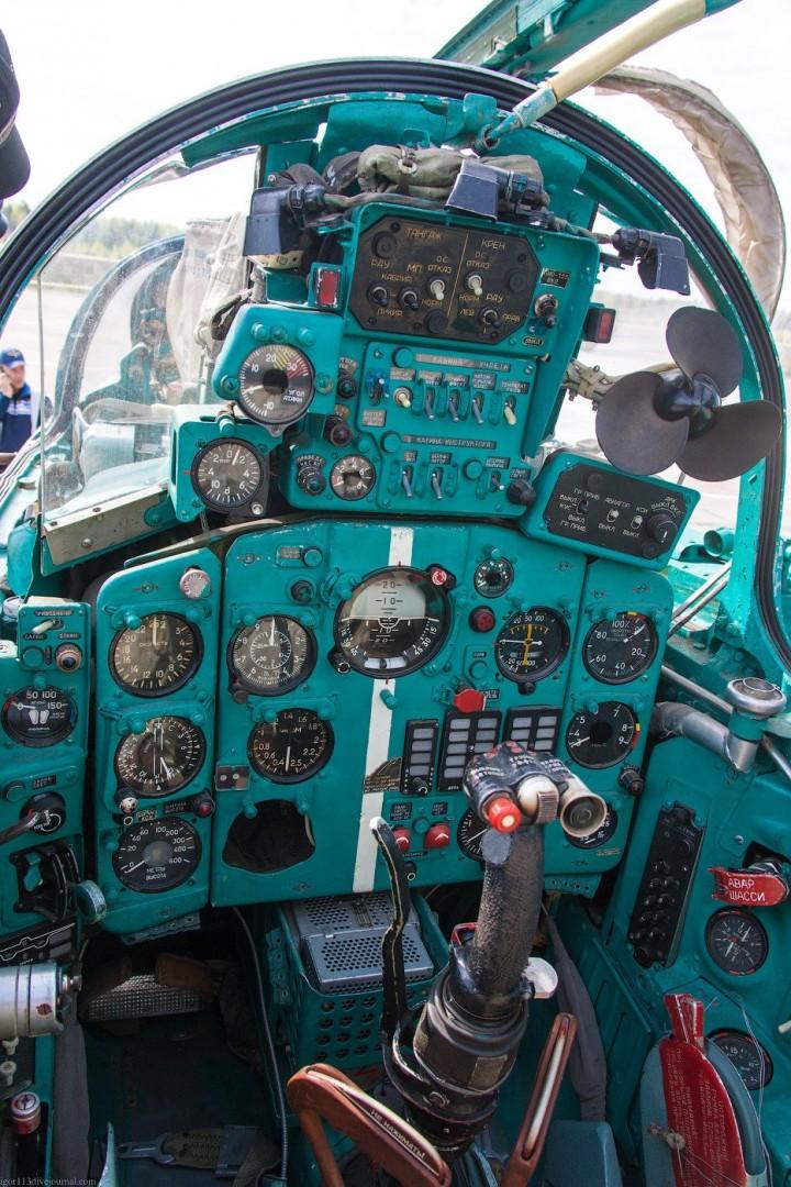 МиГ-21 в фотографиях, изнутри и снаружи (45)