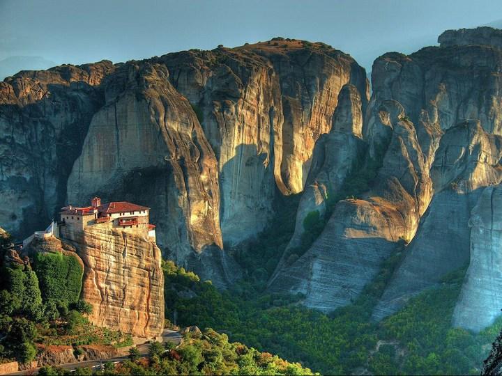 Старые монастыри в Греции Метеоры (10)
