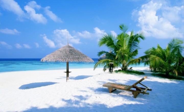 тобой на каком курорте белый песок и изумрудная вода каком
