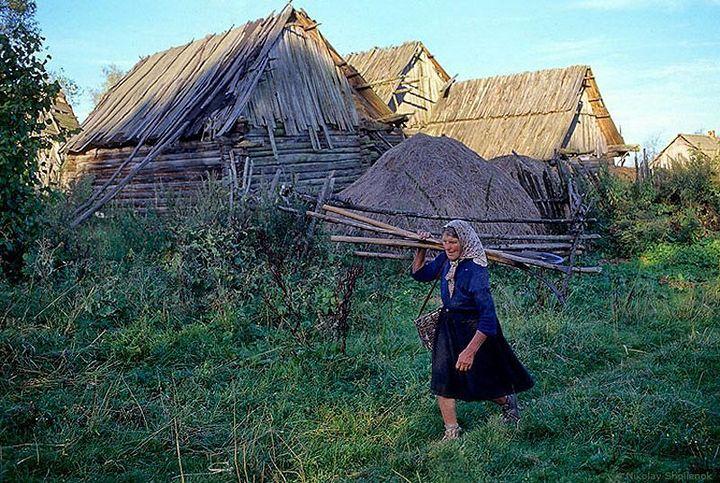Как живут люди в глухой деревне (36)